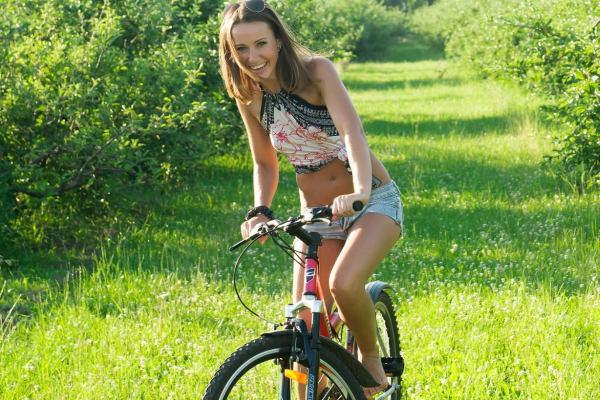 Galeria: Seksowne rowerzystki