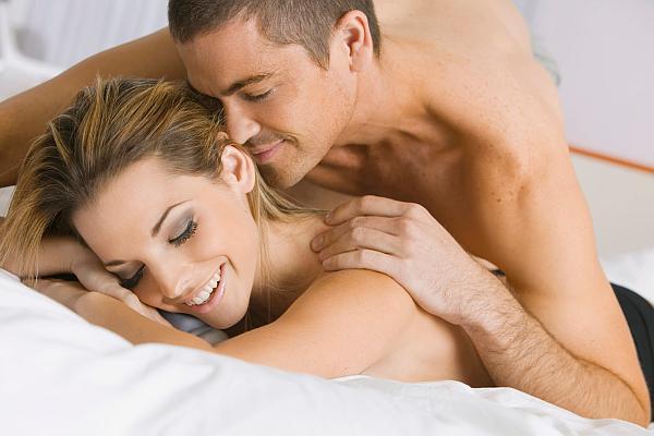 Jak wygonić nudę z łóżka i dlaczego niektóre pary zawsze osiągają satysfakcję?